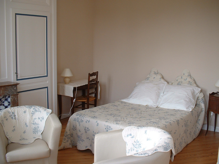 Chambres avec salle de bain commune - Manoir de Conteville